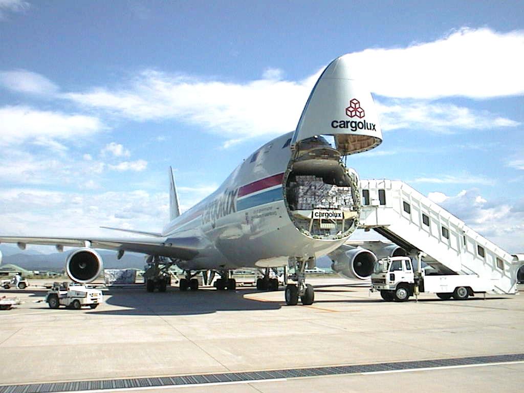 Những quy định gửi hàng hóa đường hàng không